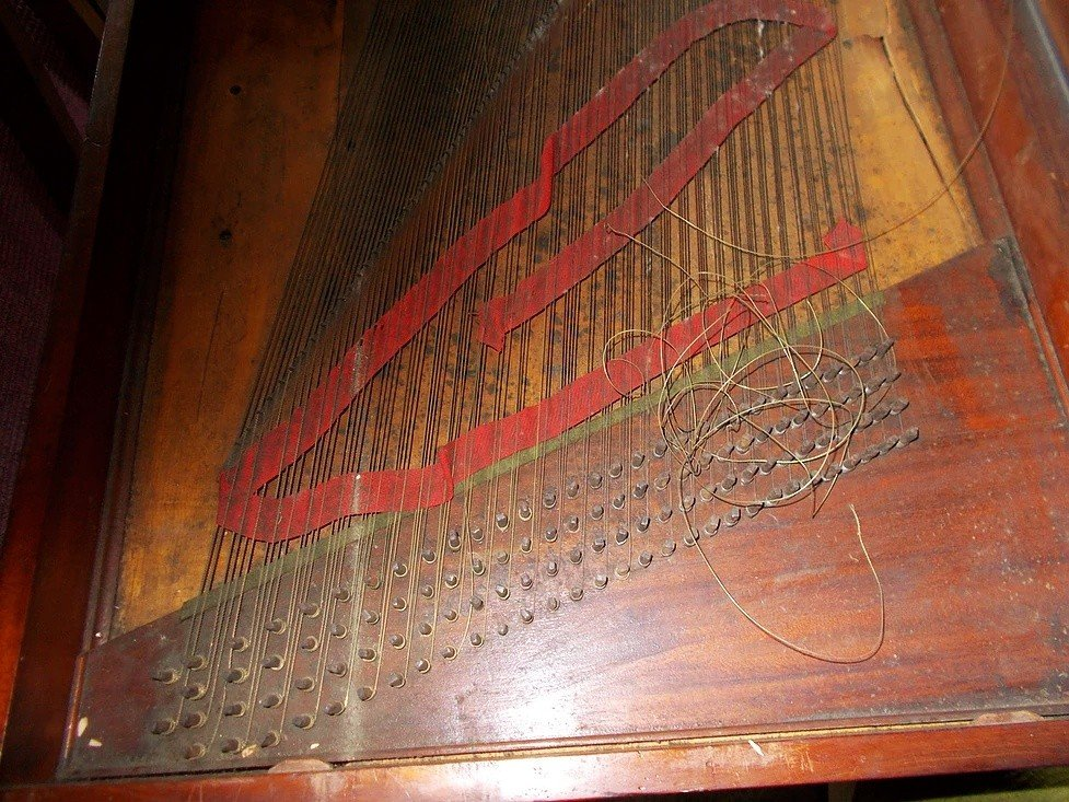 1793 bates square piano needing repair